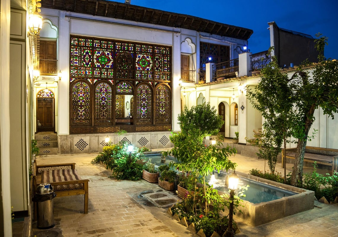 Traditional hotels in Isfahan