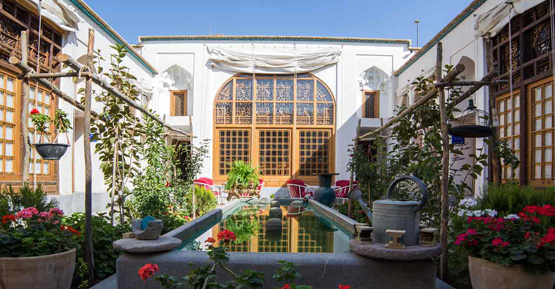 The most special traditional Iranian hotels