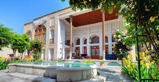 Historic house accommodation in Iran